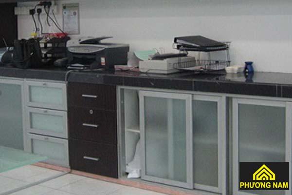 Cửa tủ bếp dạng cửa lùa